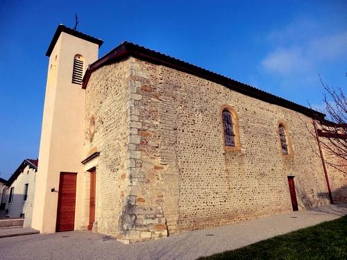 eglise-de-saint-jean-de-thurigneux-en-2012