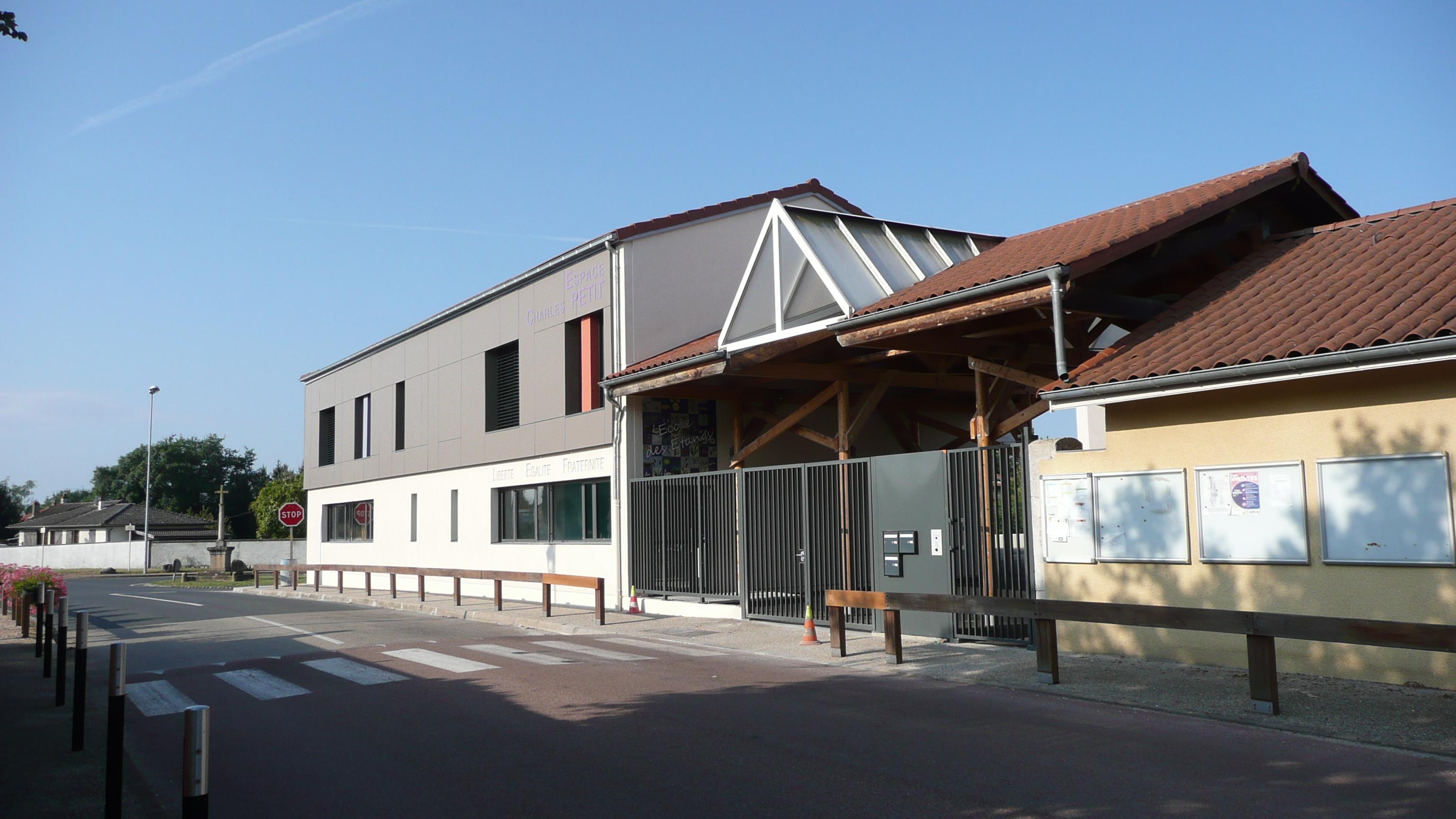 ECOLE, nouveau bâtiment